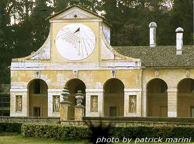 Villa Barbaro, meridiana